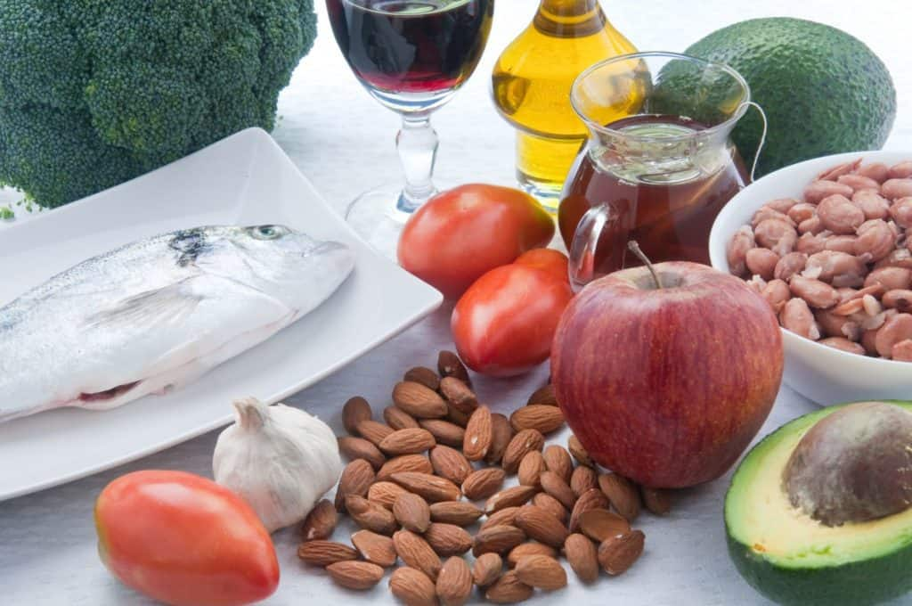 food-to-lower-cholesterol-fast-1024x680