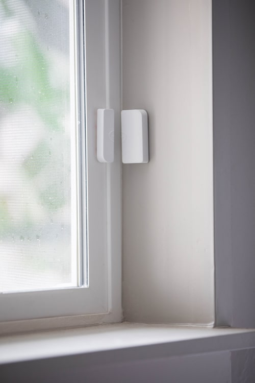 Doors and Window Sensors to Alert you When the Glass Breaks