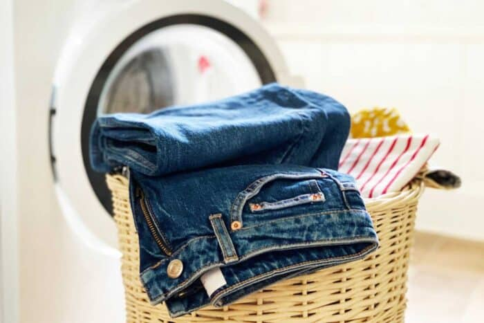 wash jeans with a washing machine